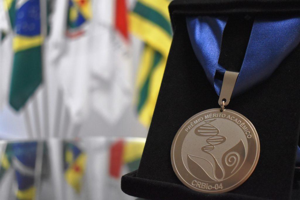 Medalha Prêmio Mérito Acadêmico CRBio-04